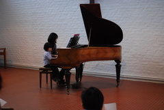 子供Aとピアノ