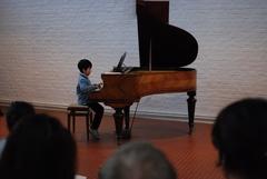子供Hとピアノ